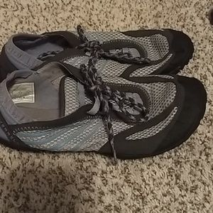Merrell Shoes - Gray Merrell workout shoes